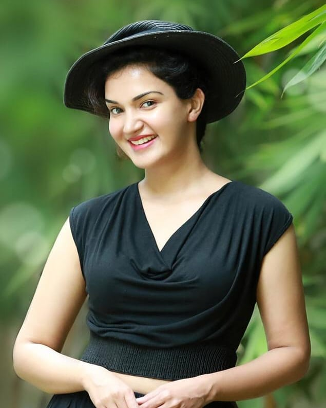 36+ Beautiful Photos of Honey Rose 87