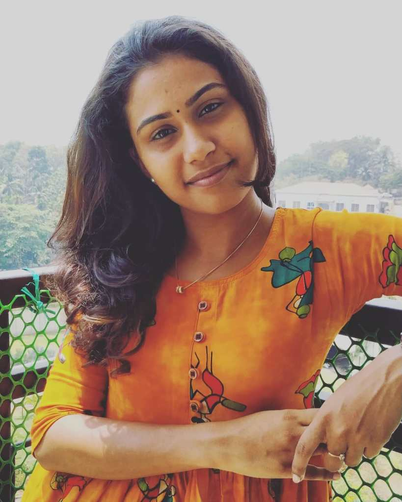 Anagha Maria Varghese Beautiful  Photos, Biography, Wiki, Family, Instagram 15