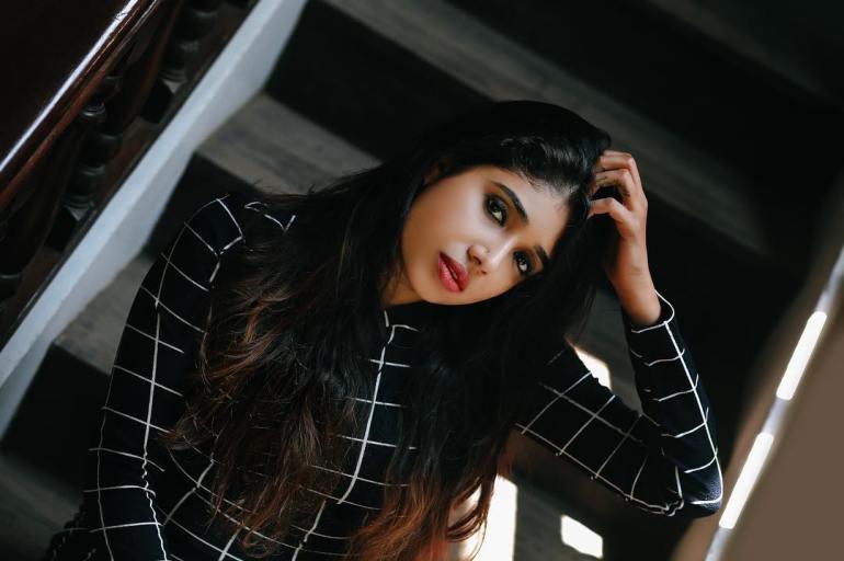 Alexandra Johnson (Big boss Malayalam) Wiki, Age, Biography, Movies, web series, and Gorgeous Photos 52