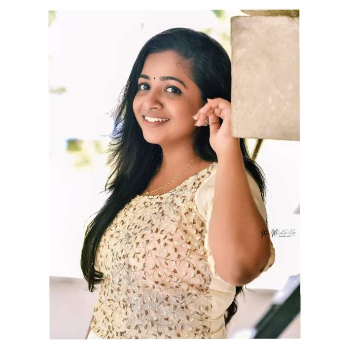 Sneha Babu Wiki, Biography, Age, Boyfriend, Movies, webseries and Beautiful Photos 8