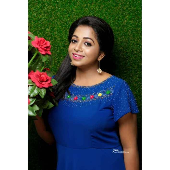 Sneha Babu Wiki, Biography, Age, Boyfriend, Movies, webseries and Beautiful Photos 16