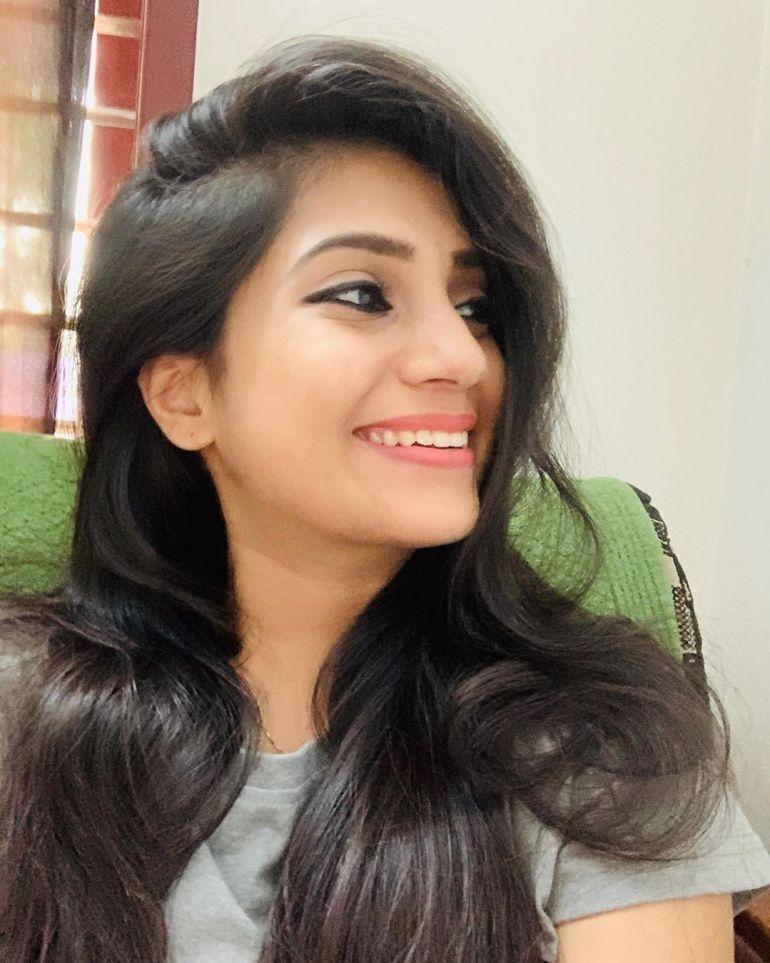 20+ Beautiful Photos of Gopika Anil 21