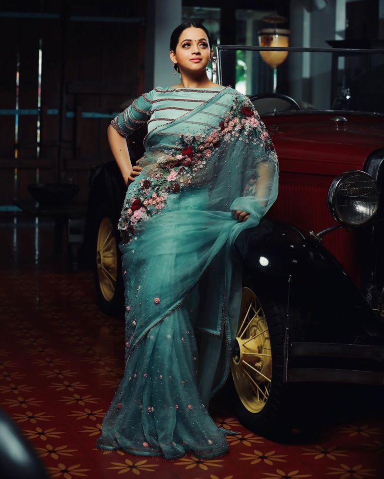33+ Beautiful Photos of Bhavana 95