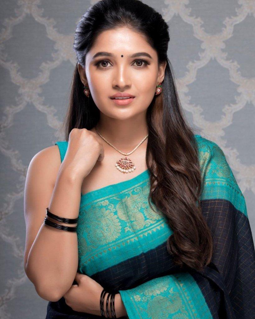 42 HD Beautiful Photos of Vani Bhojan 2