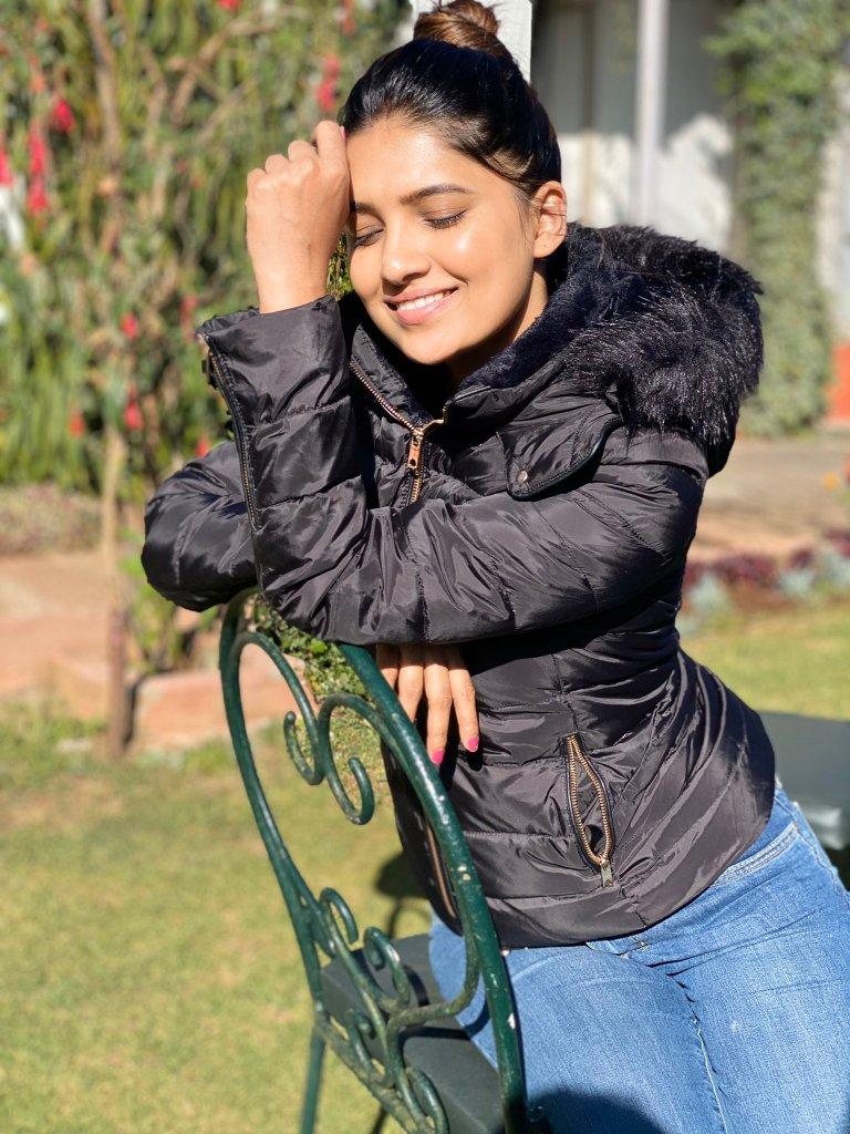 42 HD Beautiful Photos of Vani Bhojan 86