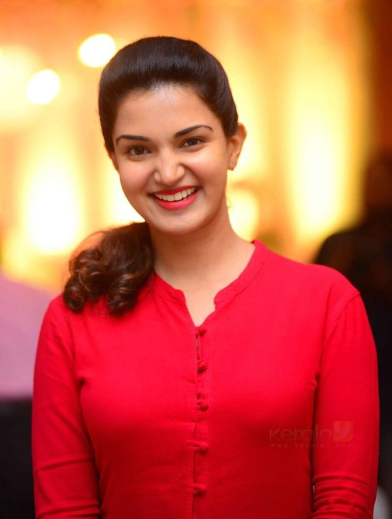 36+ Beautiful Photos of Honey Rose 112