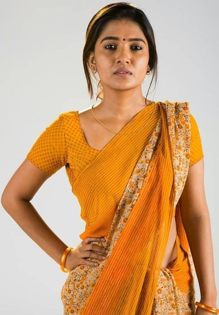 42 HD Beautiful Photos of Vani Bhojan 92