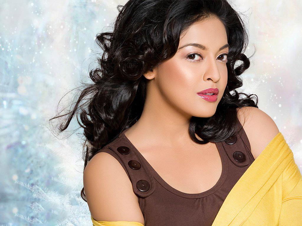 28+ Beautiful Photos of Tanushree Dutta 27