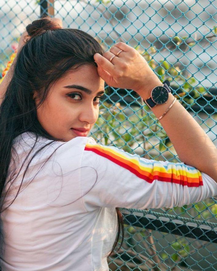 57+ Cute Photos of Aditi Ravi 9