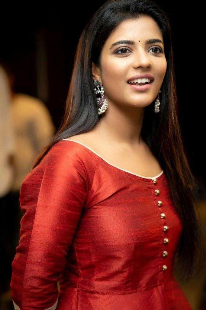 37+ Gorgeous Photos of Aishwarya Rajesh 108