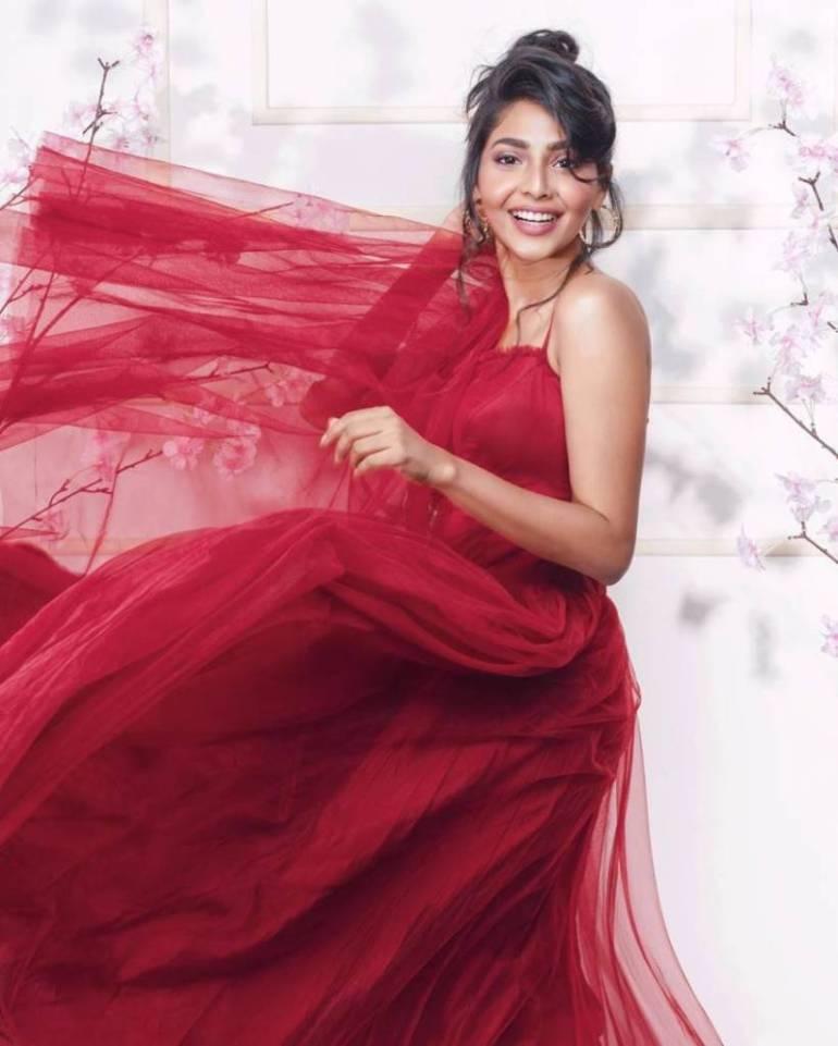 60+ glamorous Photos of Aishwarya Lekshmi 121