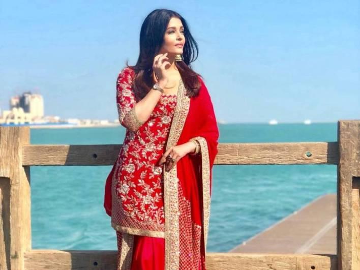 78+ Glamorous Photos Aishwarya Rai 50