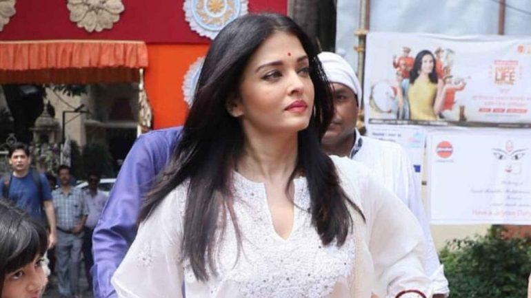 78+ Glamorous Photos Aishwarya Rai 137