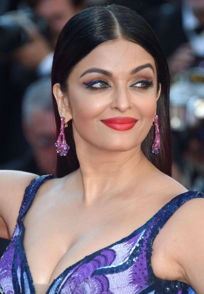 78+ Glamorous Photos Aishwarya Rai 154