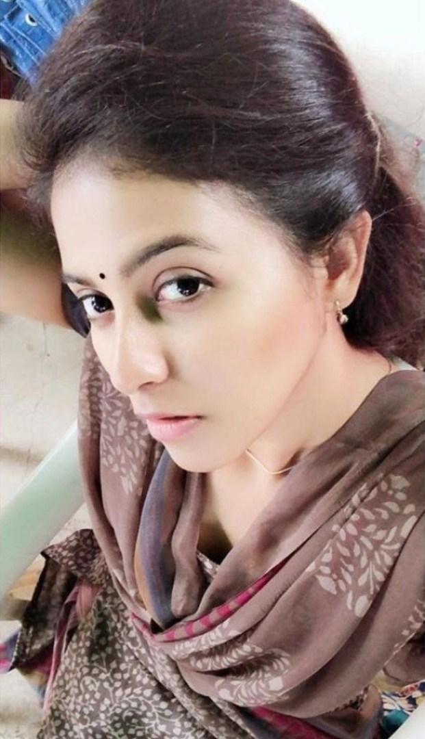 81+ Beautiful Photos of Anjali 19
