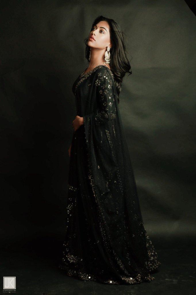 96+ Stunning Photos of Anu Emmanuel 87
