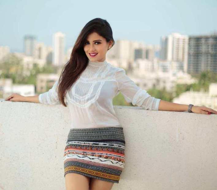 48+ Glamorous Photos of Archana Gupta 5