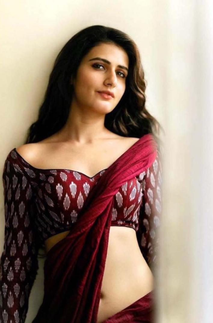 74+ Gorgeous Photos of Fathima Sana Shaikh 6