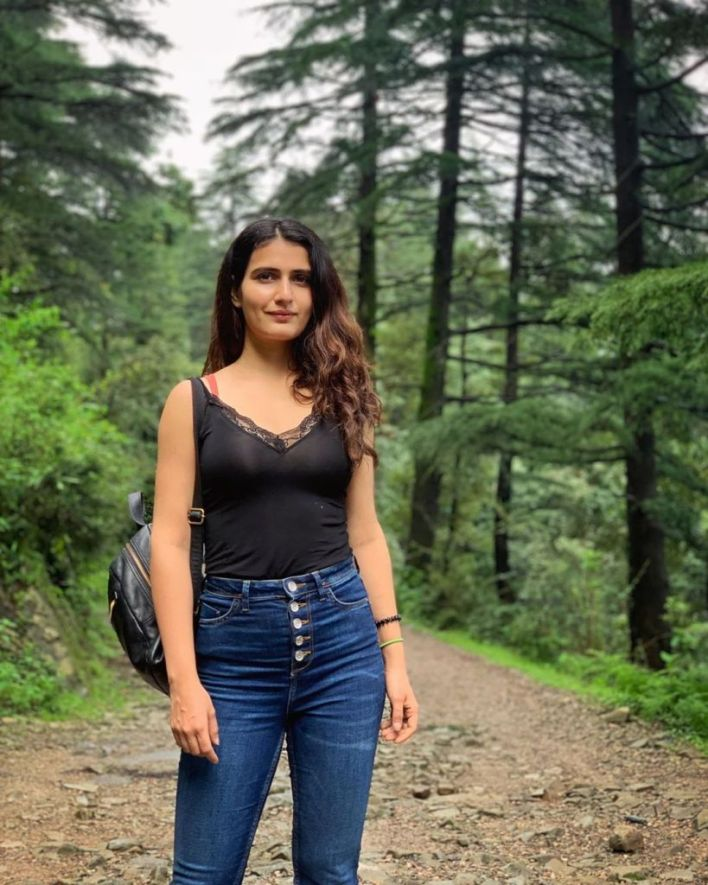 74+ Gorgeous Photos of Fathima Sana Shaikh 23