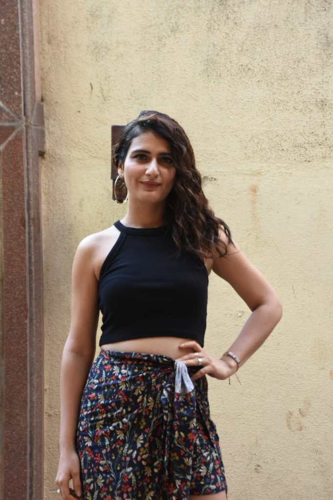 74+ Gorgeous Photos of Fathima Sana Shaikh 141