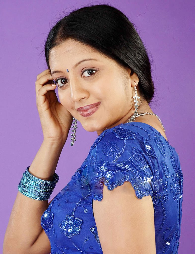 43+ Cute Photos of Gopika 30