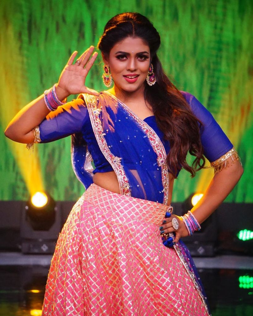 30+ Beautiful Photos of Iniya 17