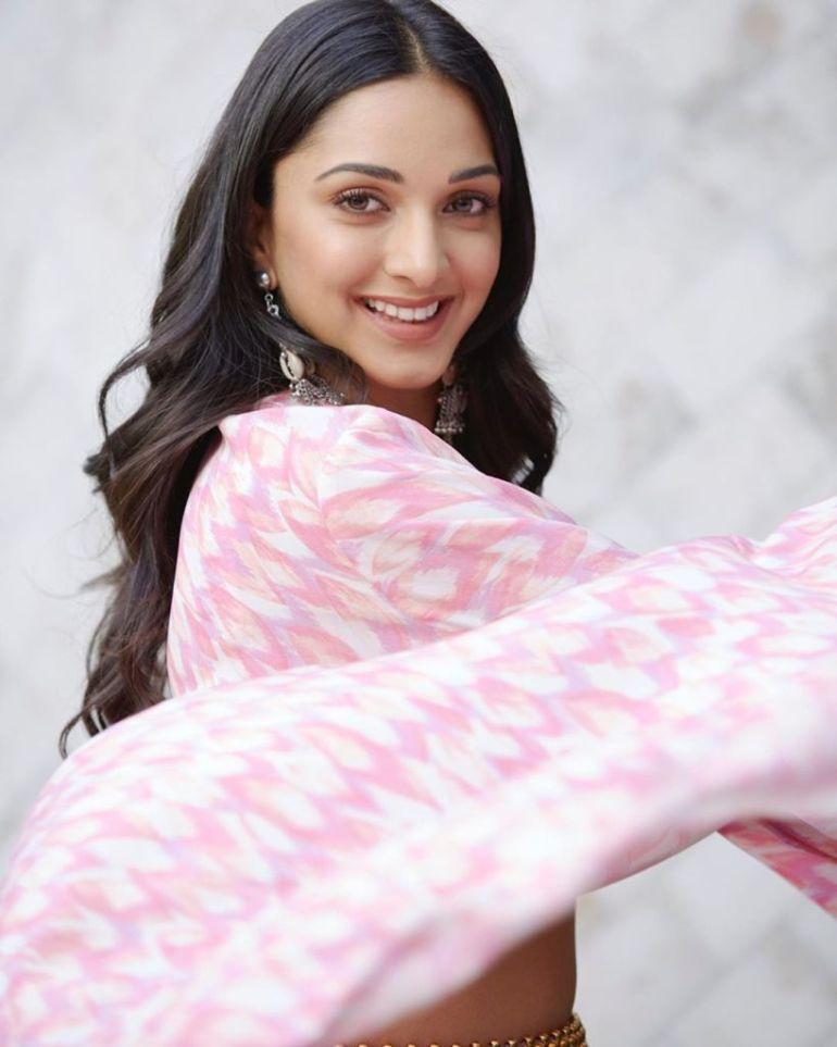 116+ Glamorous Photos of Kiara Advani 37