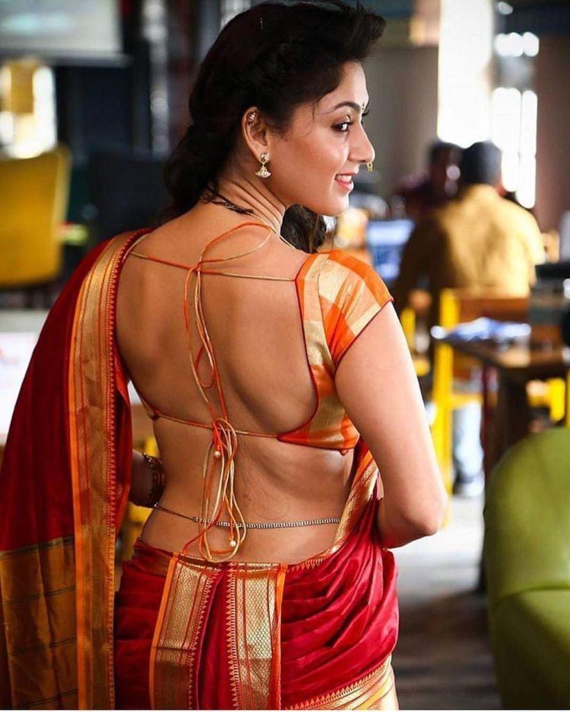 32+ Gorgeous Photos of Manjari Phadnis 3