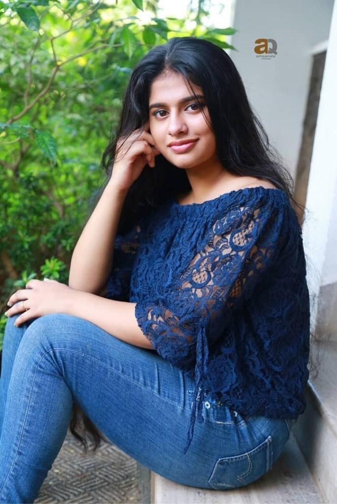 42+ Cute Photos of Nayanthara Chakravarthy 111