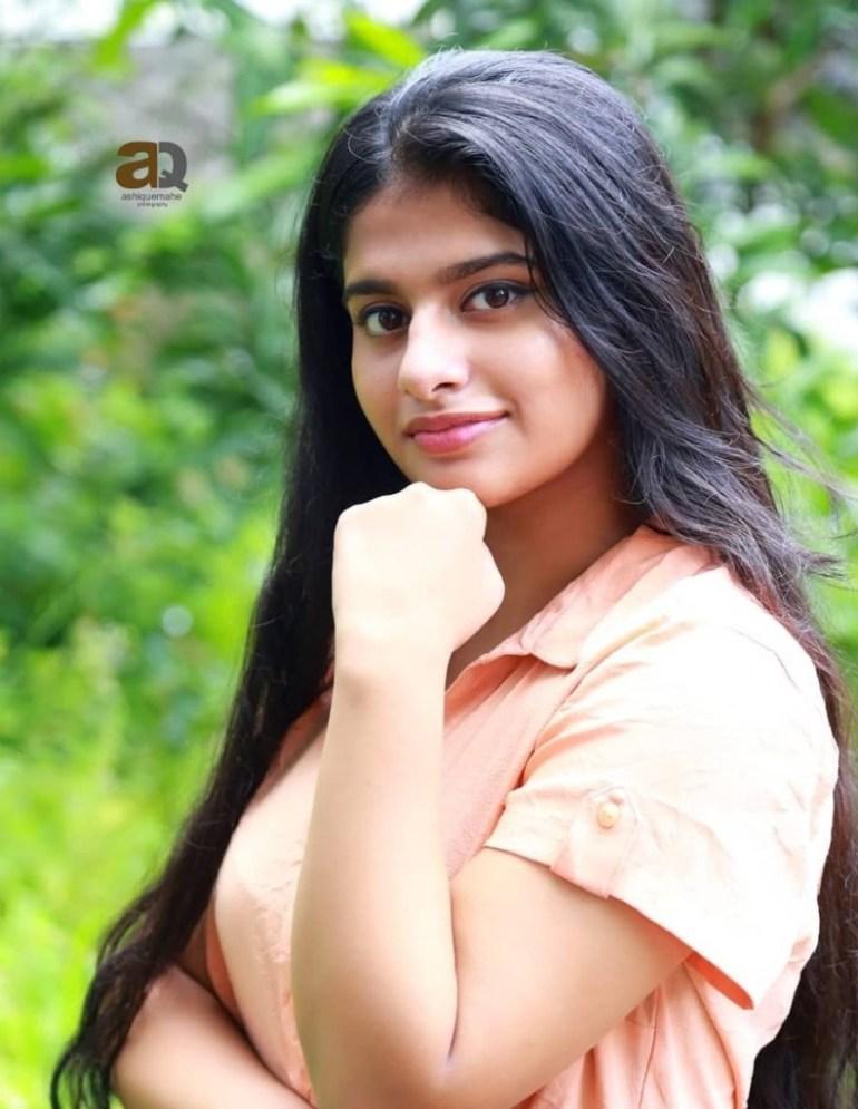 42+ Cute Photos of Nayanthara Chakravarthy 29