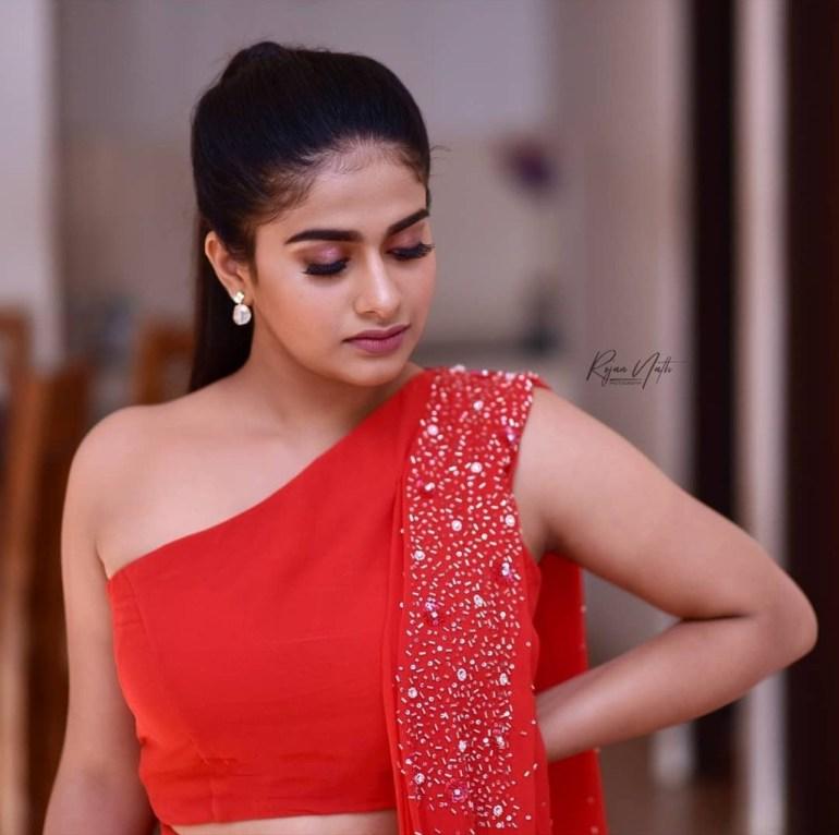42+ Cute Photos of Nayanthara Chakravarthy 34