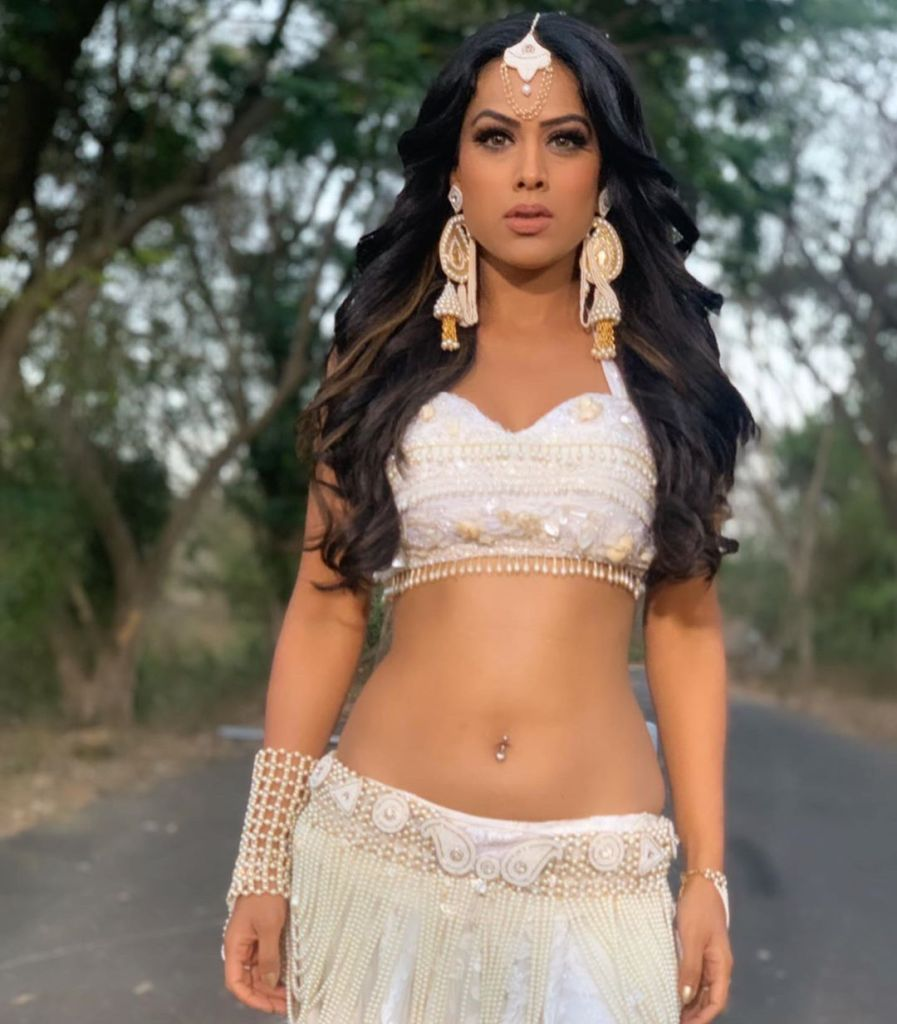 40+ Glamorous Photos of Nia Sharma 19