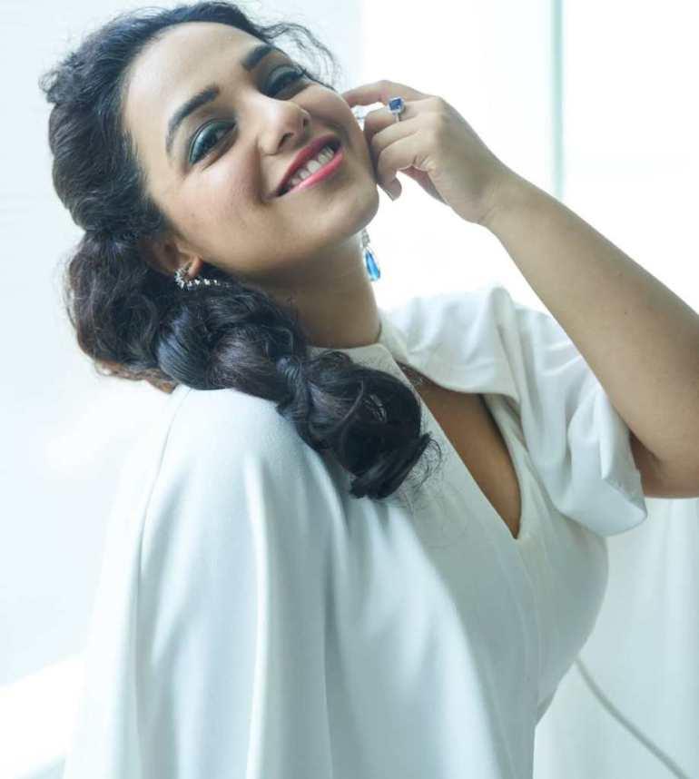 51+ Glamorous Photos of Nithya Menon 107