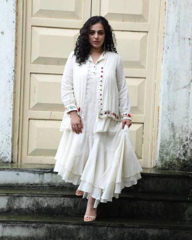 51+ Glamorous Photos of Nithya Menon 44