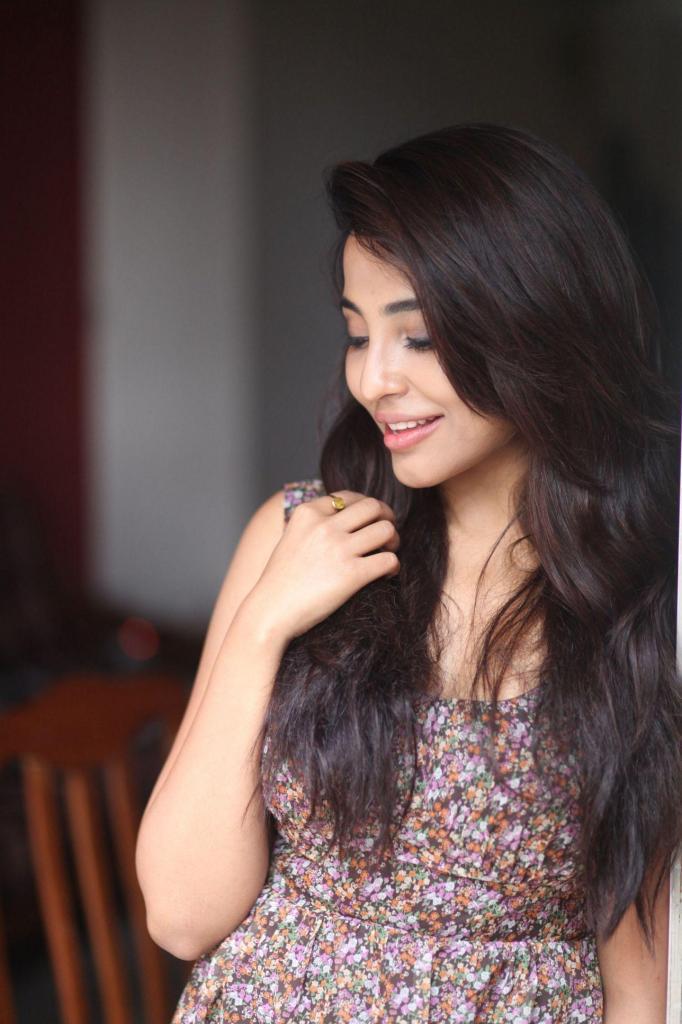 59+ Charming Photos of Parvati Nair 57