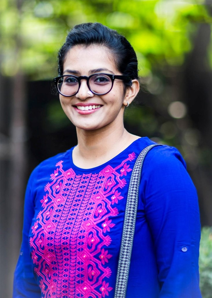 42+ Stunning Photos of Parvathy Thiruvothu 44