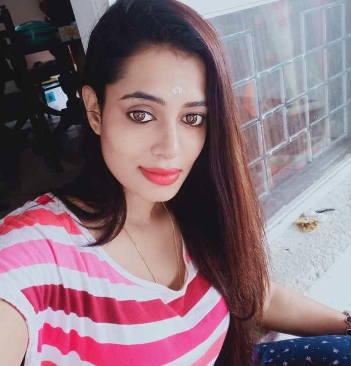 46+ Gorgeous Photos of Remya panicker 17