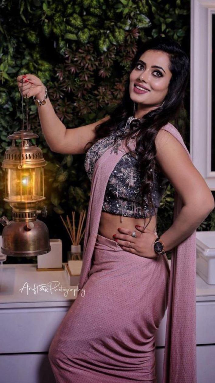 46+ Gorgeous Photos of Remya panicker 40