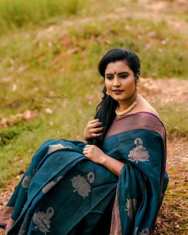 73+ Gorgeous Photos of Roshna Ann Roy 135