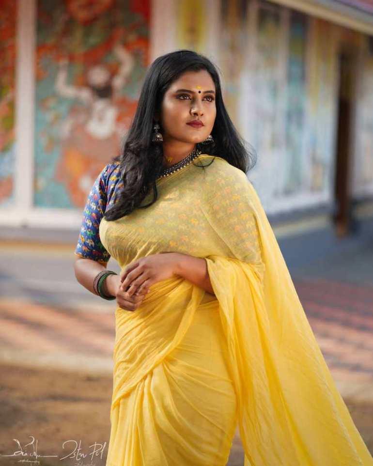 73+ Gorgeous Photos of Roshna Ann Roy 143