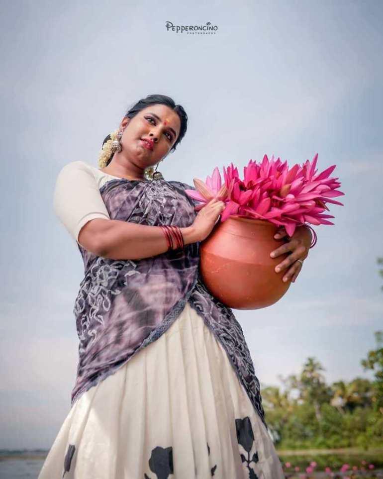 73+ Gorgeous Photos of Roshna Ann Roy 66