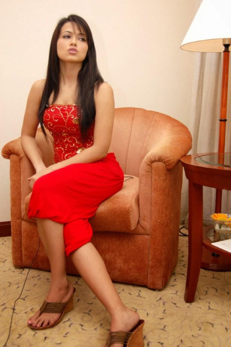 43+ Lovely Photos of Sana Khan 2