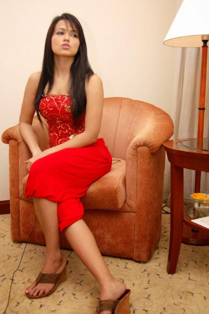 43+ Lovely Photos of Sana Khan 86