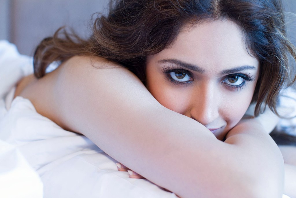 72+ Charming Photos of Sayesha Saigal 33