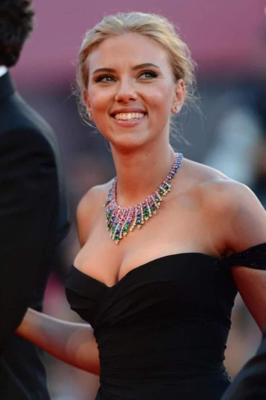 69+ Unseen Photos of Scarlett Johansson 151