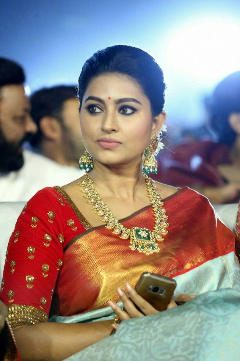 Sneha Prasanna Wiki, Age, Biography, Movies, web series, and Beautiful Photos 5