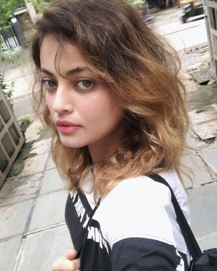 43+ Gorgeous Photos of Sneha Ullal 4