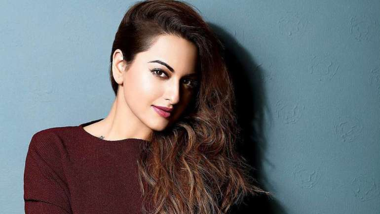 57+ Gorgeous Photos of Sonakshi Sinha 88