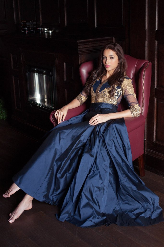 112+ Beautiful photos of Srinidhi Shetty 36