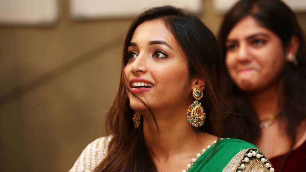 112+ Beautiful photos of Srinidhi Shetty 78